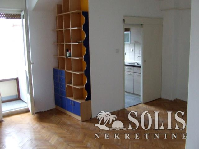 Novi Sad Stanica Two-room apartment (one bedroom)