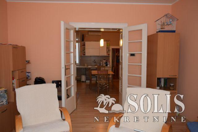 Novi Sad Salajka Three-room apartment