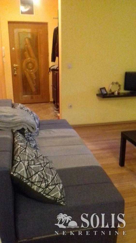 Novi Sad Bulevar One and a half-room apartment