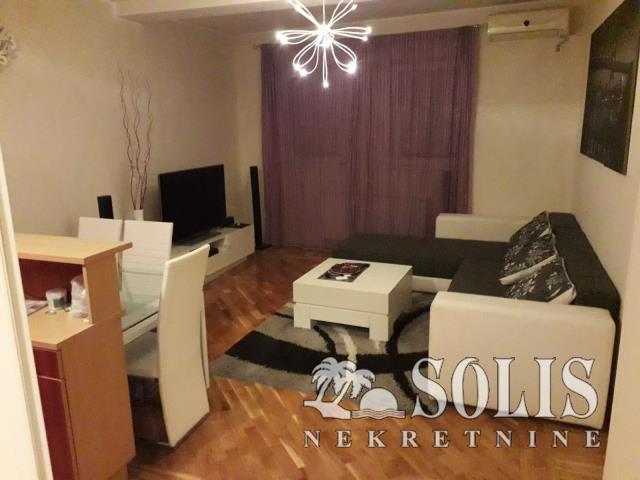 Novi Sad Grbavica Three-room apartment