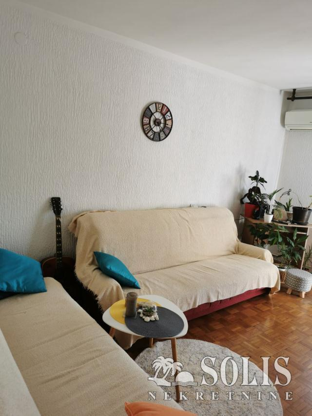 Novi Sad Stanica Three-room apartment