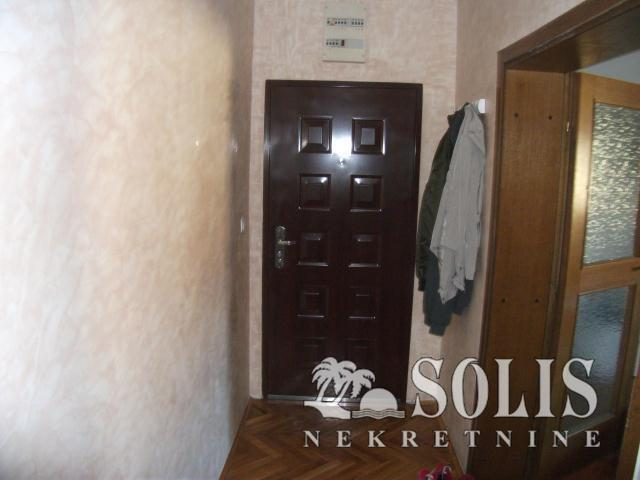 Apartment, Two and a half-room apartment<br>79 m<sup>2</sup>, Novo naselje - Savina