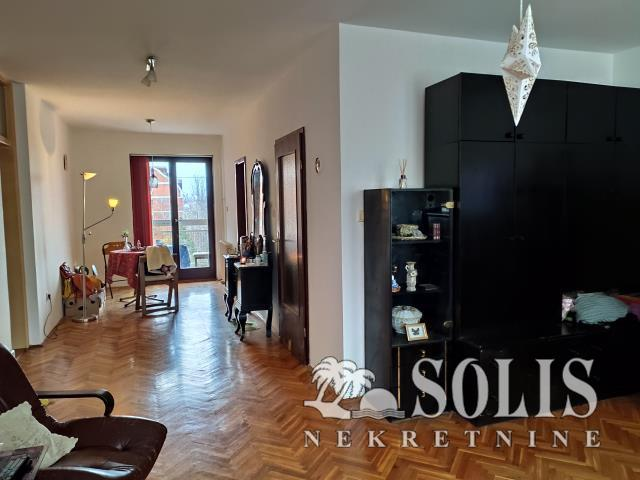 Novi Sad Telep - severni Three-room apartment