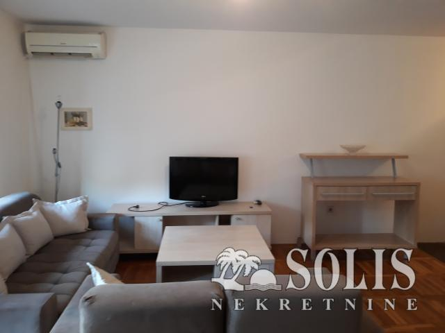 Novi Sad Centar Two-room apartment (one bedroom)