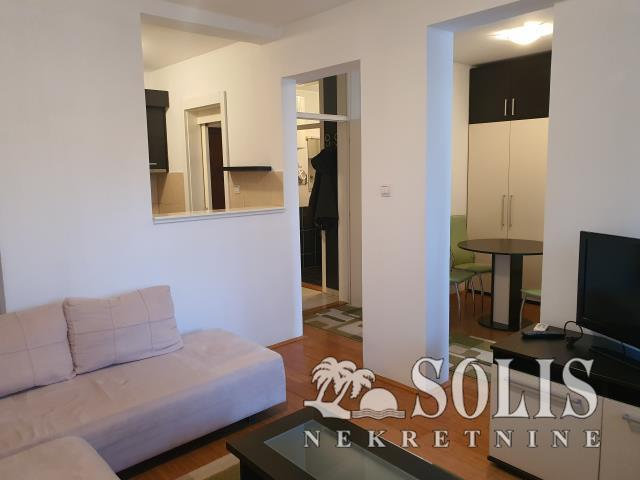Apartment, Two-room apartment (one bedroom)<br>43 m<sup>2</sup>, Bulevar